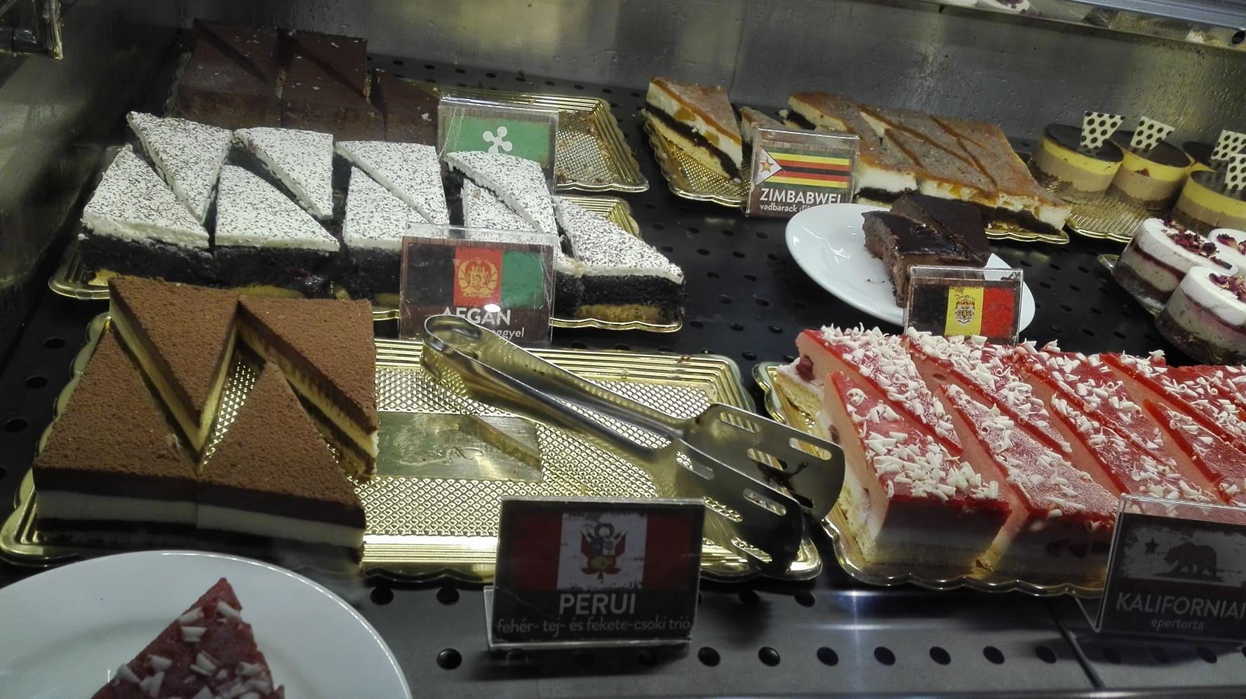 Café Frei's cakes